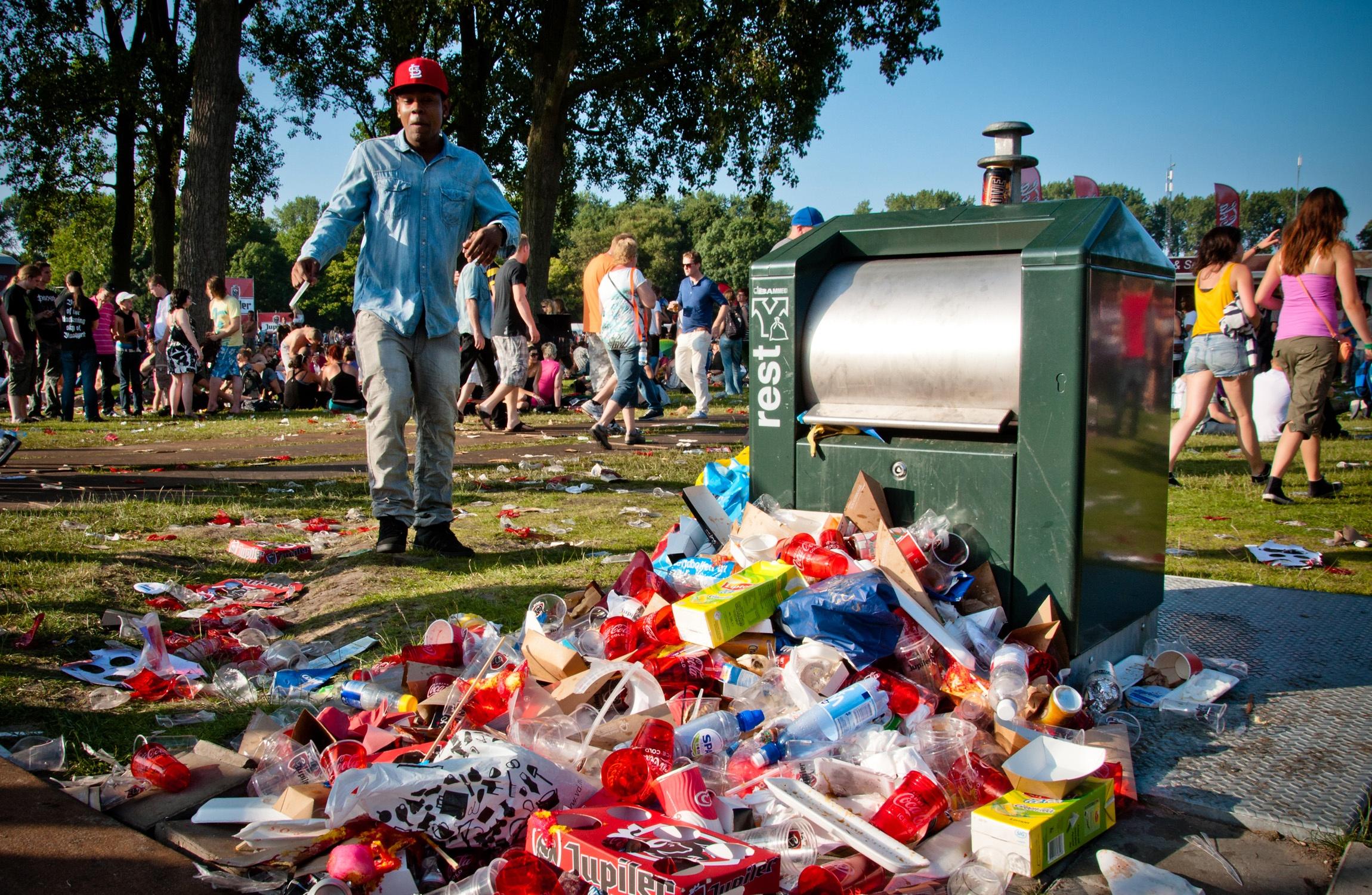 stockvault-full-trashcan132433